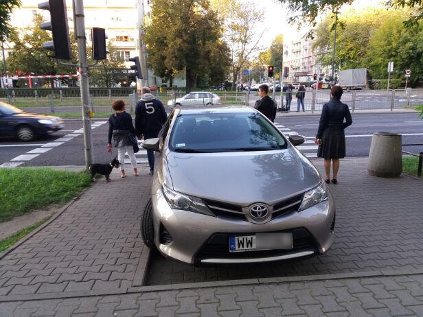 Mistrz Parkowania warszawa@tvn.pl
