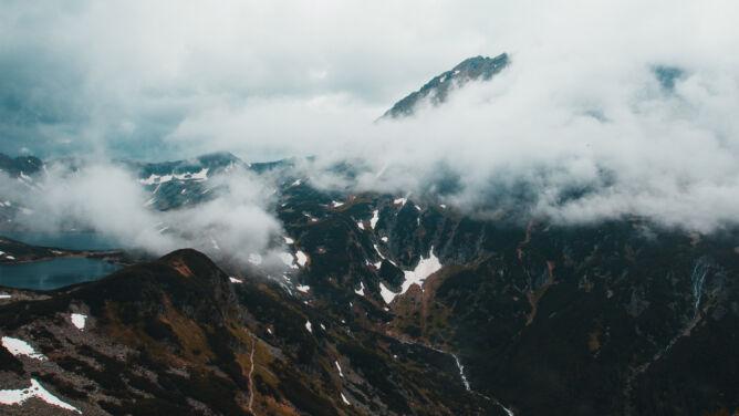 """""""Trzeba się przygotować na zimową aurę"""". W Tatrach może spaść śnieg"""