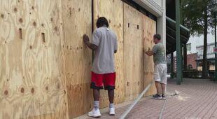 Mieszkańcy Luizjany przygotowują się na nadejście huraganu Delta